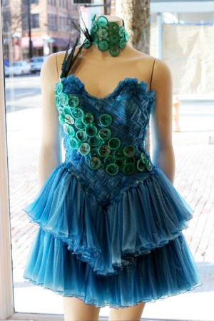 reuse your used condoms � make a condom dress escape
